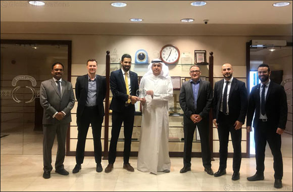 Al Babtain CEO Honors Top Performer of 2019 Renault Middle East Regional Skills Contest